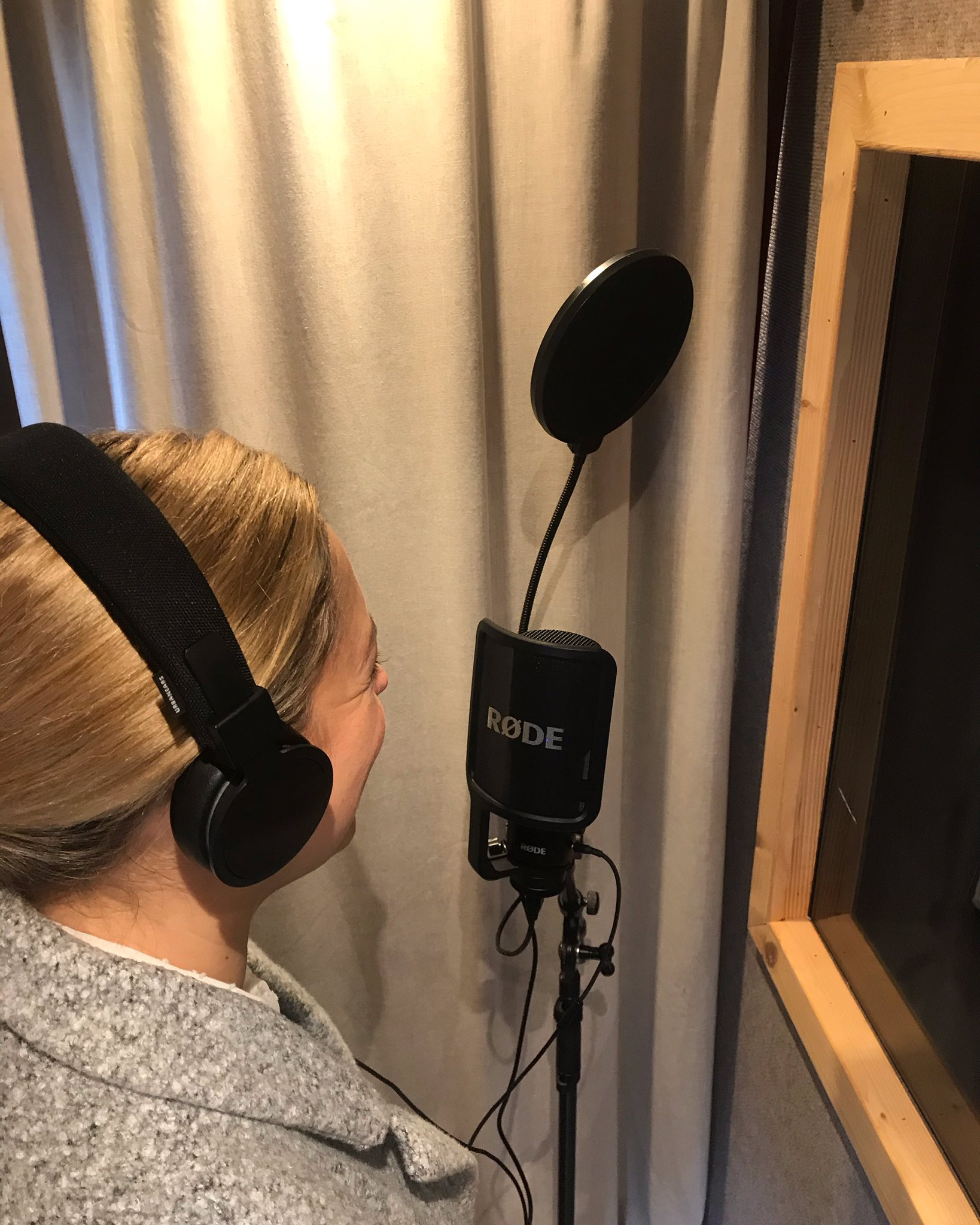 voice over for audio guide tours